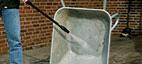 Rengjørong av trillebåren med Nilfisk Metallrens