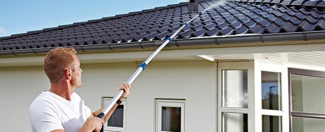 Rengjøring av taket med Nilfisk Roof  Cleaner