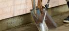 Effektiv rengjøring av harde flater med Nilfisk vannsandblåsingsutstyr