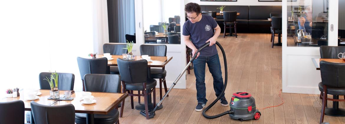 viper floor cleaning machines vacuum cleaners scrubber dryers sweepers and vacuum cleaners viper - Restaurant Cleaner