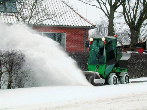 SNOW SWEEPER 1200 MM